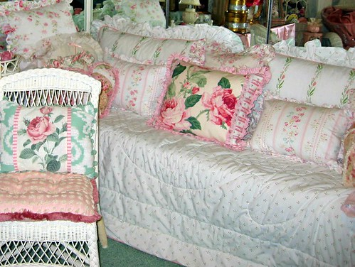 Shabby & Chic Daybed