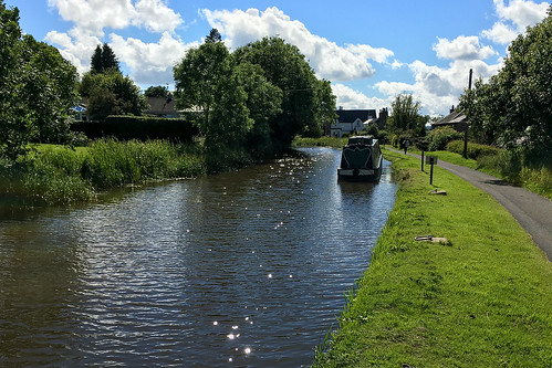 2016-07-08 (Day 190) B-Side: Union Canal at Linlithgow | by atp