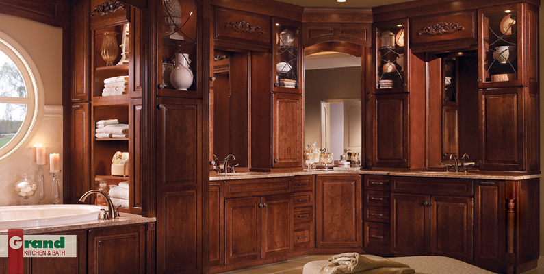 Grand Kitchen & Bath - Traditional luxury bathroom | Flickr