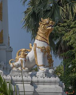 Wat Chiang Yeun Phra Chedi Singh Guardians (DTHCM0666) วัดเชียงยืน การ์เดียนซิงห์ พระเจดีย์ | by Gerry Gantt Photography