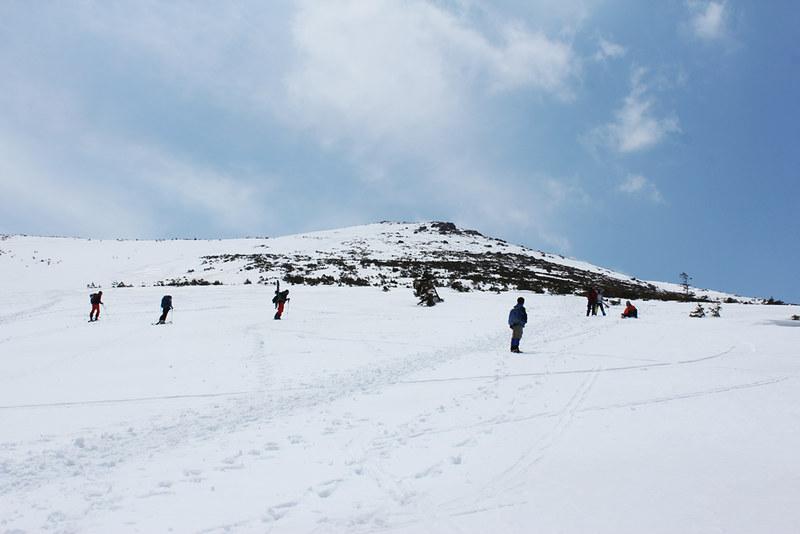 至仏山 残雪期