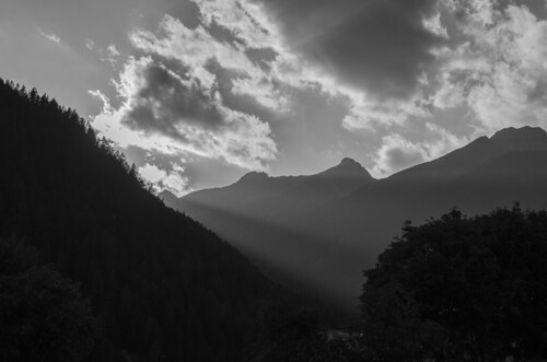 sunset mountain montagne tramonto val di non trenitino maddalene