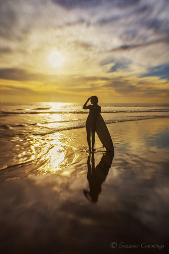 ocean sunset beach lensbaby surfer surfboard lensbabycomposer