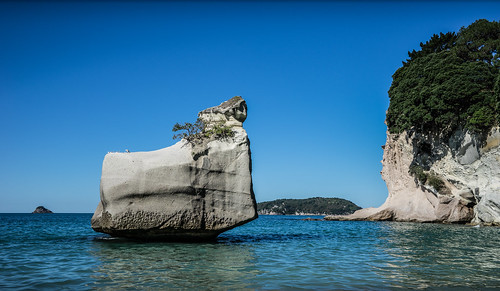 Cathedral Cove, New Zealand | by Mike Beauchamp