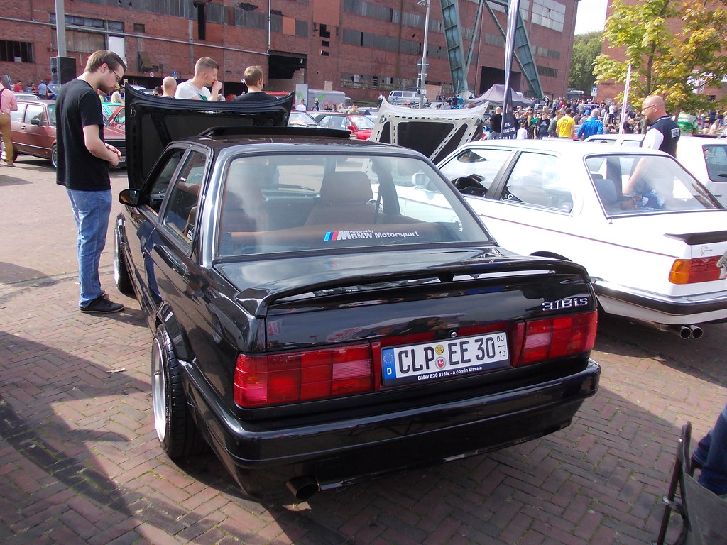 Bmw 318is E30 Tuning 1990 Youngtimer Show Zeche Ewald He Flickr