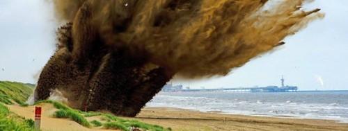 Detonación de la bomba de la playa de Wannenaar