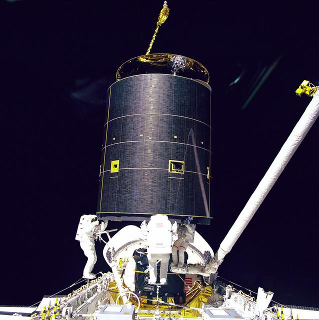 Three Crew Members Capture Intelsat VI