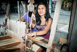 Loom Weaving | by couplemeetsworld