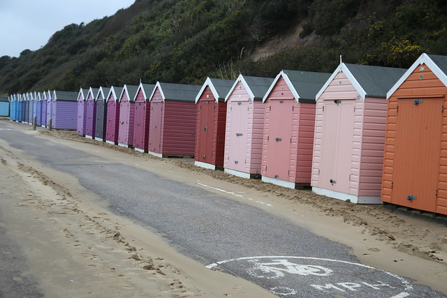 Colour chart beach huts