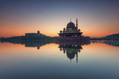 reflection sunrise mosque putrajaya masjid placeofworship mirrorreflection singleexposure putramosque masjidputra putrajayalake sifoocom d800e nikond800e nurismailphotography nurismailmohammed nurismail
