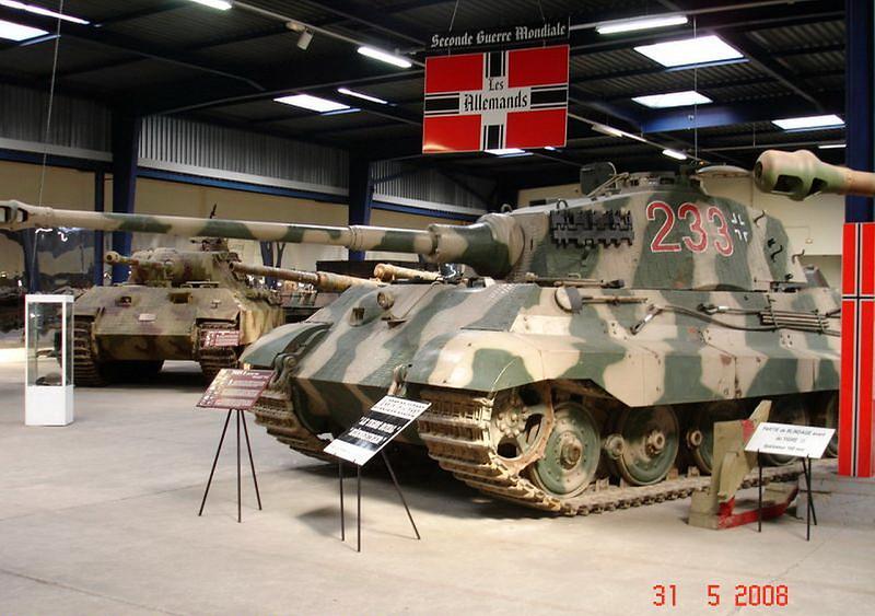 PzKpfw VI Ausf.B -Tiger II  (1)