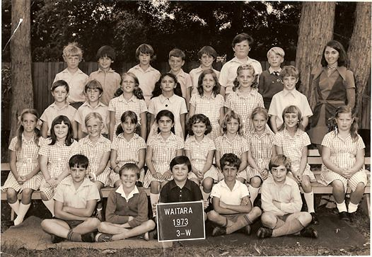 3W, 1973, Waitara Public School | One of these people is me