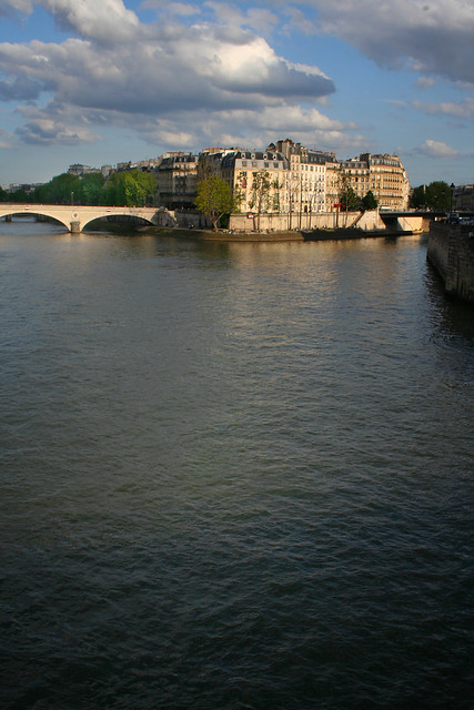 Low Sun on the Seine