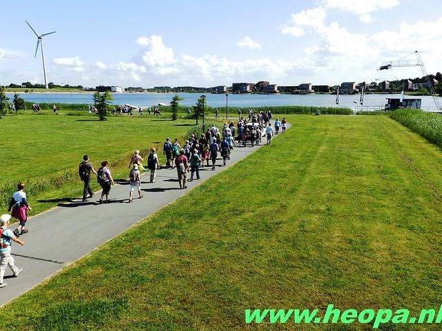 2016-06-16 2e dag Plus Wandel 4 Daagse Almaar 26 Km (64)