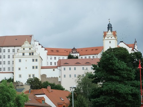 castle history germany escape saxony wwii tunnel worldwarii tunnels thegreatescape prisonerofwar greatescape prisonersofwar colditz colditzcastle historicalsignificance escapefromcolditz escapetunnels