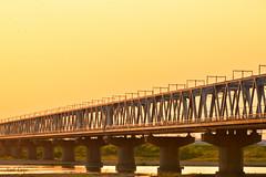 ギラリ鉄橋 by Noël Café