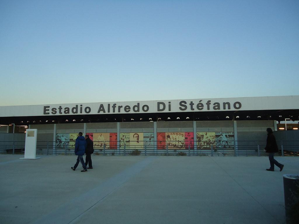 """Résultat de recherche d'images pour """"photo stade alfredo di stefano"""""""