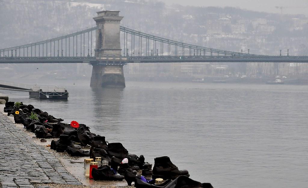 Budapest - Monument Hungarian Jews