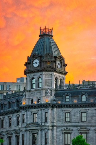 sunset sky orange cloud architecture montreal