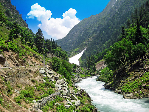 Beautiful Natural Scenery | by www.kashmir123.com