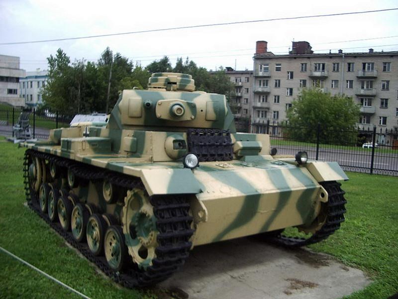 PzKpfw III Ausf.J (2)