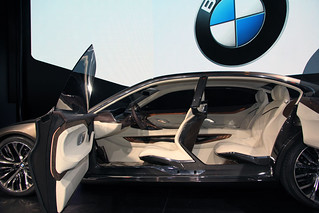 8 BMW-2014-VISION-FUTURE-LUXURY-05