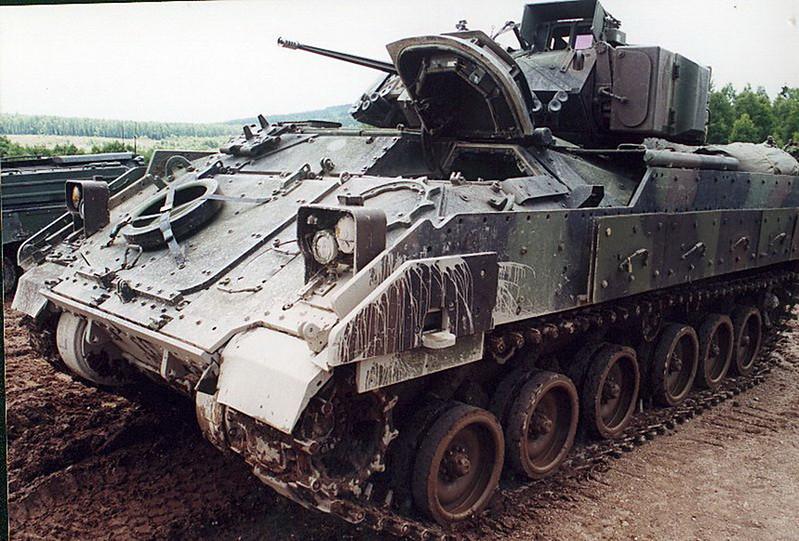 M3A2 Bradley (8)