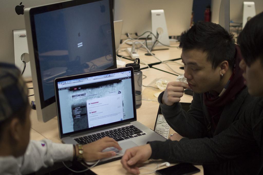 Bcit New Media Design And Web Development Social Network Flickr