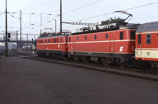 04.08.88  St Valentin   Class 1110 & 1044.023