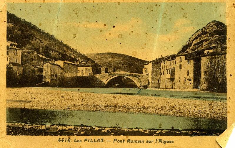 Le pont roman côté aval