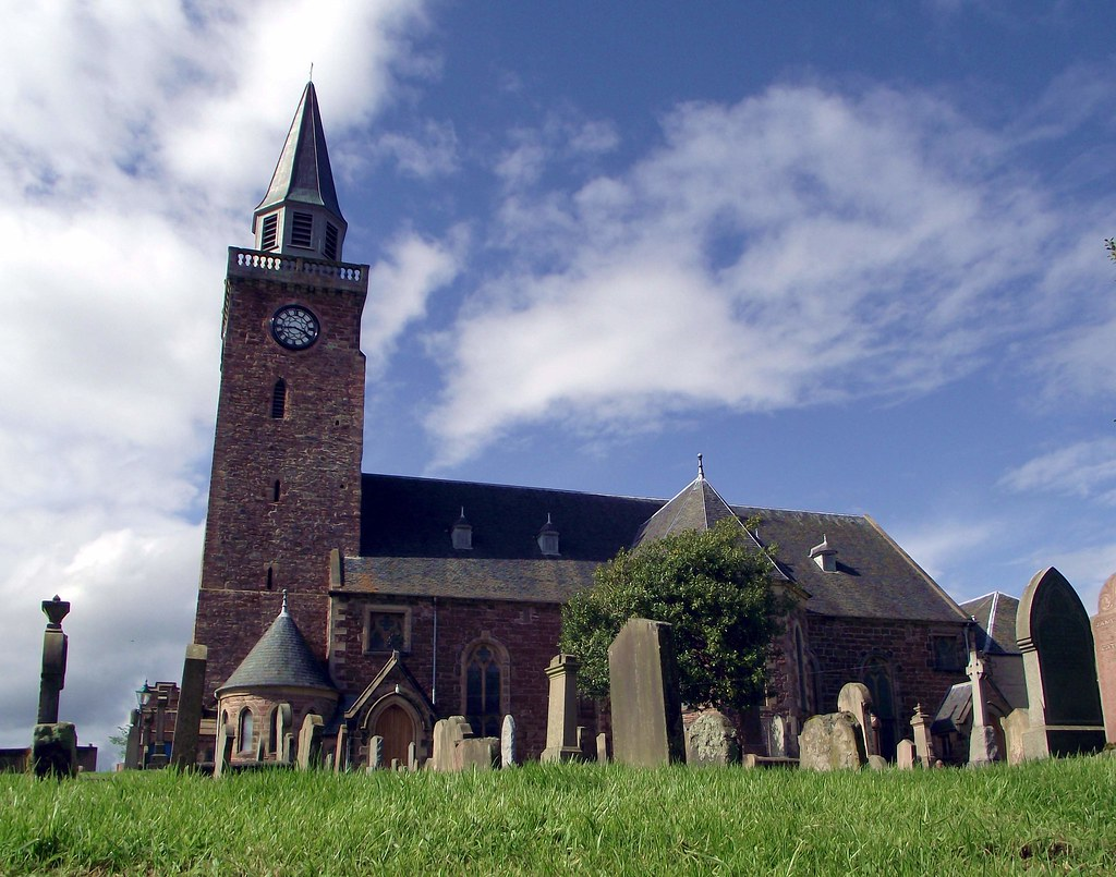 Old High Church Inverness Scotland | The oldest church in In