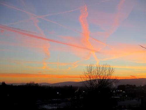 morning winter snow newyork colors sunrise contrails vestal appalachianmountains ahobblingaday