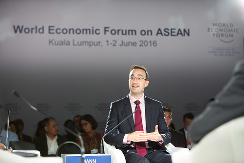ASEAN and China's Triple Transition | by World Economic Forum