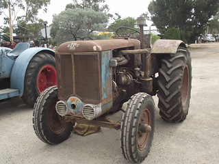 1952 Sift Tractor | by Five Starr Photos & Collectables