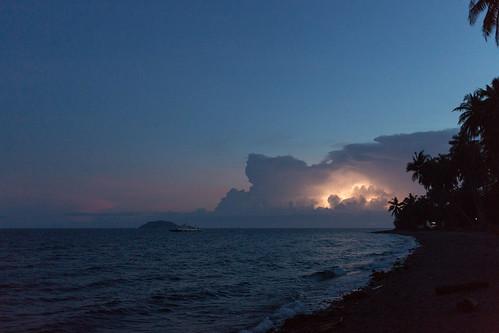 november sunset sea cloud beach clouds hotel evening philippines atmosphere resort selected lightning f28 thunder negros dauin 2013 iso4000 ‒⅓ev •••• ¹⁄₁₆₀secatf28 ef40mmf28stm atmosphereresorts