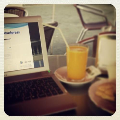 Sabado sabadete, desayuno nuevo y a rematar el curso de #wordpress en la @camaratenerife | by Pedro Baez Diaz @pedrobaezdiaz