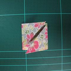 การพับกระดาษเป็นรูปเรขาคณิตทรงลูกบาศก์แบบแยกชิ้นประกอบ (Modular Origami Cube) 015