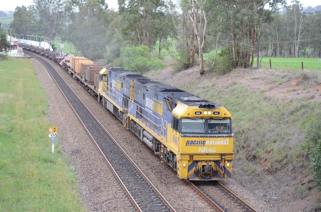 5NY3 with NR46 and NR22 heads south to whyalla by NR1984