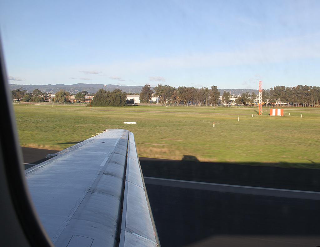 Qantaslink717-23S-VH-NXE-103