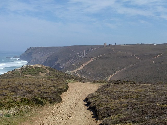 Approaching Wheal Coates #SWCP #sh