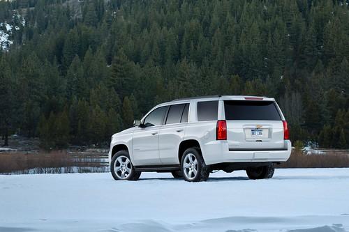 2015-Chevrolet-Tahoe-RearView-LakeTahoe-008 Photo