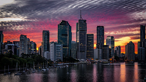 city sunset sky water weather clouds boats brisbane brisbaneriver waterreflections sunsetsandsunrisesgold cloudsstormssunsetssunrises