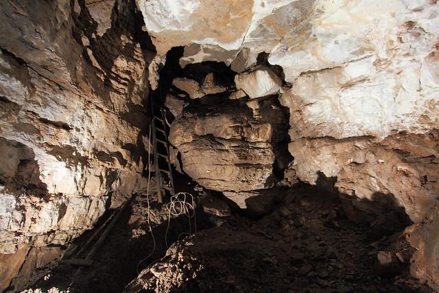 Grave Cave