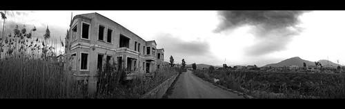 Abandoned Venetian houses | by VillaRhapsody