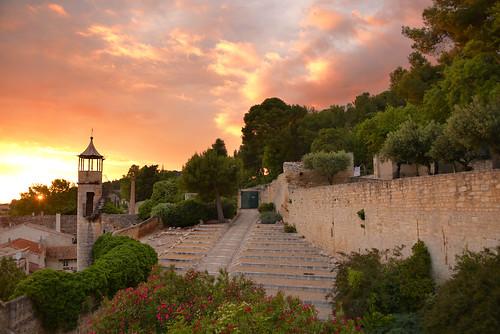 sunset sun france provence beaucaire provencealpescôtedazur