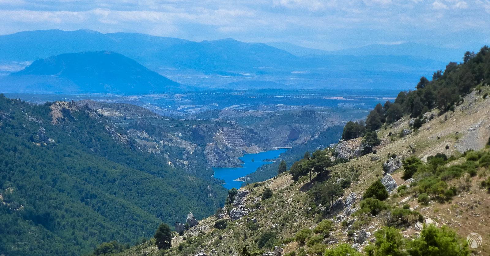 De nuevo, embalse del Portillo, Jabalcón, Baza y sierra Nevada