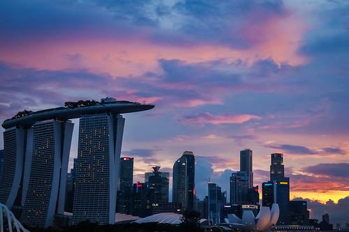 architecture buildings singapore dusk landmark mbs aftersunset urbanisation skycolours citysunset colouredclouds tgrhu elenaleong