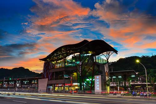 sunset sky station clouds outdoors scenery taiwan 台灣 天空 shulin 火燒雲 中山路 車軌 樹林區 newtaipei 新北市 南樹林車站