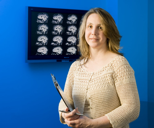 how to become a neuropsychologist