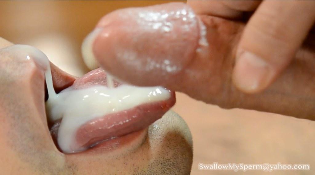 Tongue on cum love milfs feet